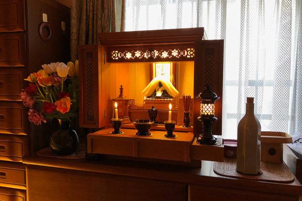Morning Okyūji and Okankin—what HBS followers do to strengthen their faith